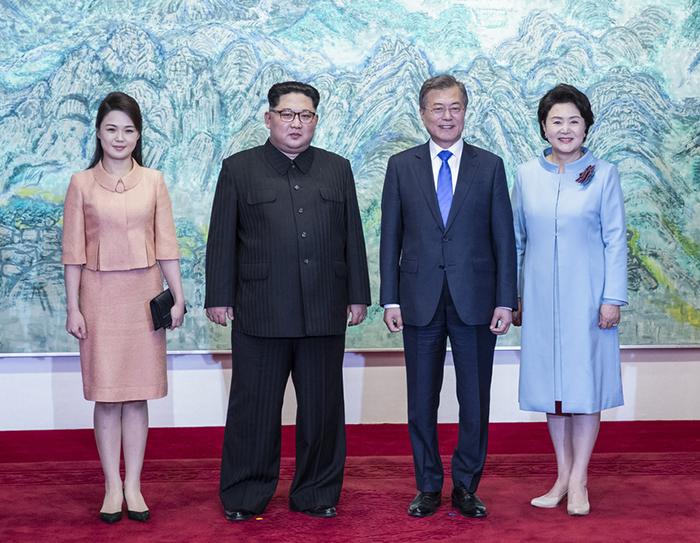 ¿Cuánto mide Kim Jong Un? - Real height 180427%20finale%20main